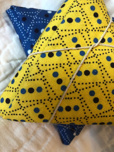Somerset Collection Blue & Yellow Zig Zag ~ 2 Fat Quarters