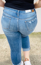 Load image into Gallery viewer, Judy Blue High Waist Distressed Jeans