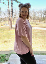 Load image into Gallery viewer, Beth Anne Relaxed Fit Top (Multiple Colors)