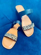 Load image into Gallery viewer, Cheetah Adjustable Flats