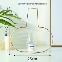 Load image into Gallery viewer, Gold Wire Flower Vase