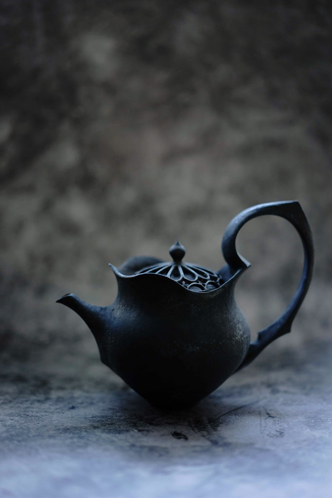 """PREORDER"" Taketoshi Ito - Black Teapot (CLOSED)"