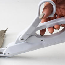 Load image into Gallery viewer, Multipurpose Electric Automatic Safe Handheld Fabric Sewing Scissors