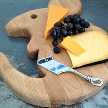 Load image into Gallery viewer, GIANT SERVING/CHEESE BOARD. Solid oak. Mouse shaped.
