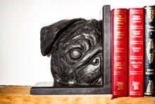 Load image into Gallery viewer, Pugs Bookends