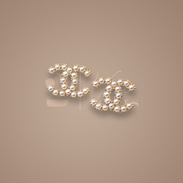 Medium Sized Pearl Earrings