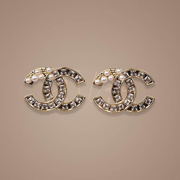 Pearls and Stones Earring