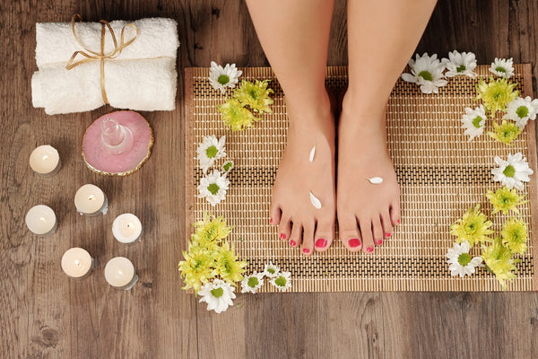 gel nail polish pedicure
