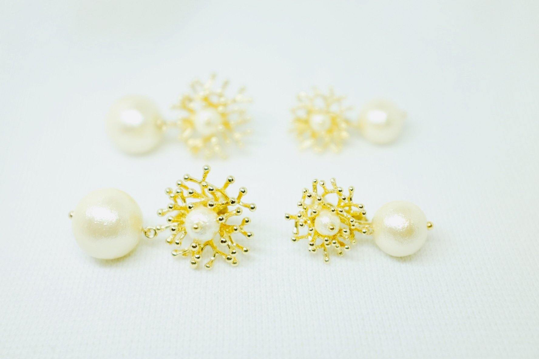 <The Pearl> Coral earrings