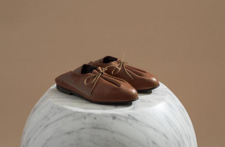 JACQUES SOLOVIERE Bed Shoes - Tan - MMW Concept