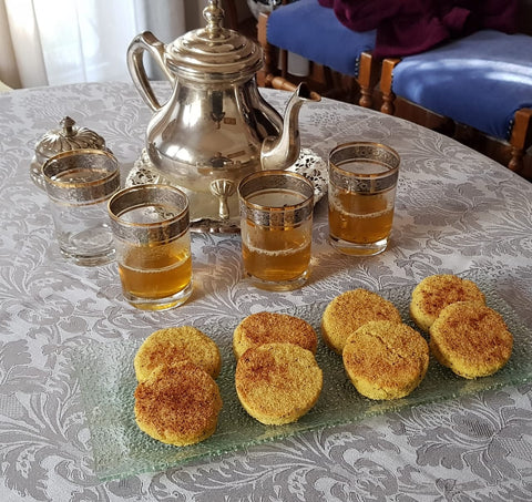 Moroccan rugs and handcraft are our specialty but we share with you the Harsha recipe, a Moroccan cake made with semolina as main ingredients. We eat Harsha for breakfast or as a snack with Moroccan mint tea