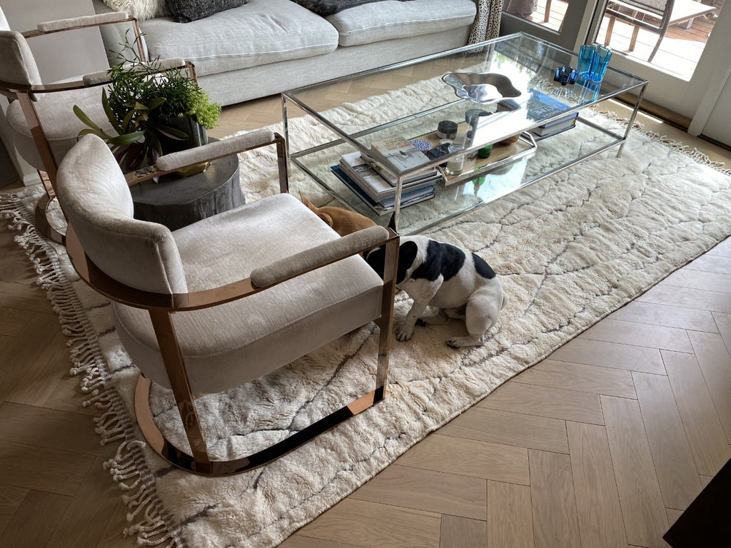 Moroccan rug custom made for customers in Toronto, Canada. 100% natural wool with embodied desgin. Perfect for a modern living room.