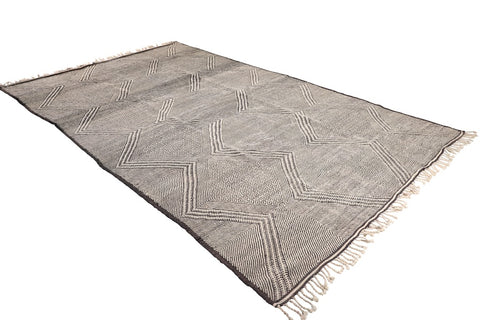 moroccan rug light grey face