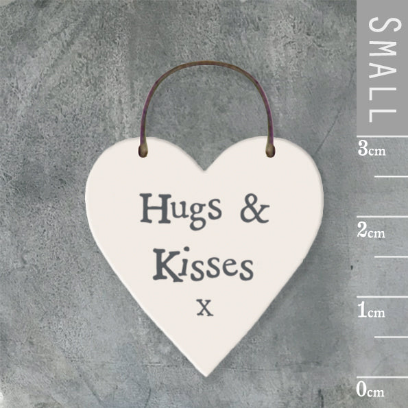 East of India - Small Wooden Heart-shaped Tag - 'Hugs & Kisses x'