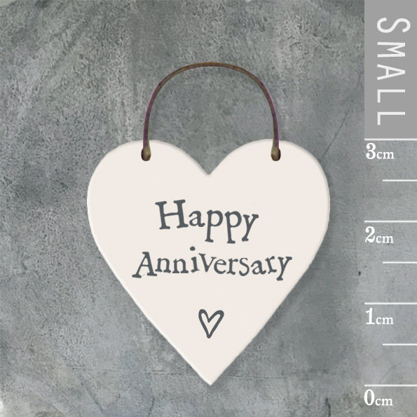 East of India - Small Wooden Heart-shaped Tag - 'Happy Anniversary'