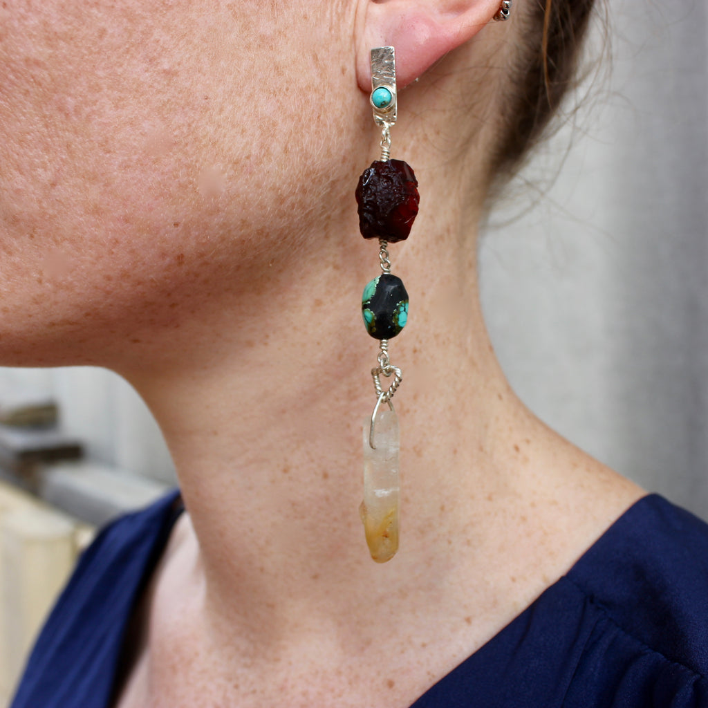 Statement Earring - Opposites attract