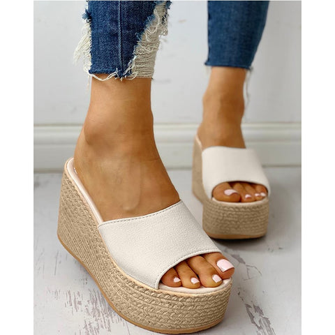 2019 New Slippers Wedge Women Summer Beach Shoes Sandals One word Design Soft Straw Slippers Outdoor Fashion Casual dames D30
