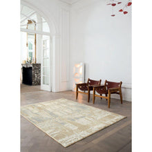 Load image into Gallery viewer, Intrigue Irridecant Reflects Rug
