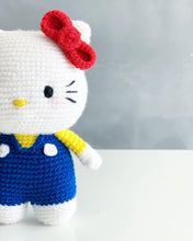 Load image into Gallery viewer, Hello Kitty ハローキティAmigurumi Crochet Video Tutorial & Kit
