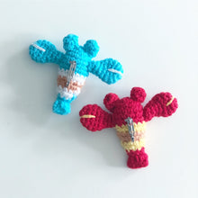 Load image into Gallery viewer, Crayfish ザリガニ Amigurumi Brooch Workshop