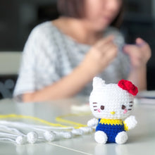 Load image into Gallery viewer, Hello Kitty ハローキティ Amigurumi Workshop