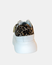 Load image into Gallery viewer, Scarlet white platform sneaker