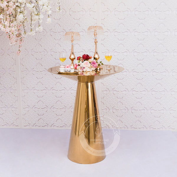 CONO Cocktail Table