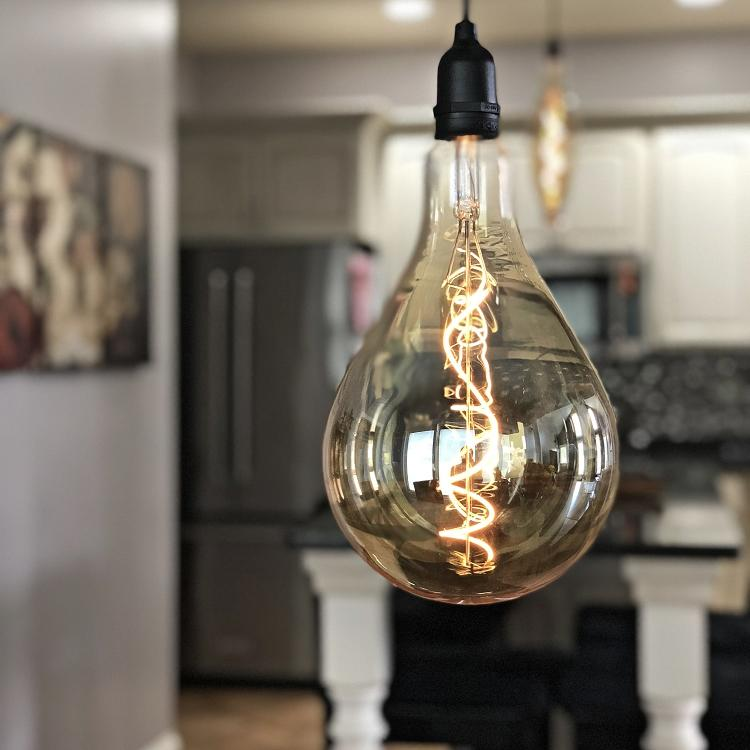 retroessence, battery operated, battery powered, LED, vintage light, retro light, decor light, decorative lighting, oversized lights, over sized bulbs, patio lights, porch lights, indoor decor, outdoor decor, edison bulb, oval bulb, tapered bulb, classic bulb, globe bulb