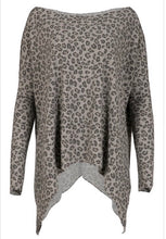 Load image into Gallery viewer, Grey Animal Print Top