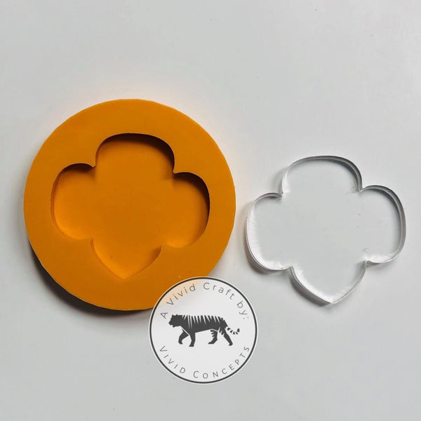 Trefoil Silicone Mold (Badge Reel Size)
