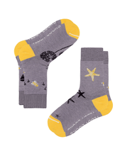 Load image into Gallery viewer, womens crew socks. Light purple ecofriendly socks for women. Yellow patterned socks with hot air ballloon bumble bee pirate-ship and starfish patterns.
