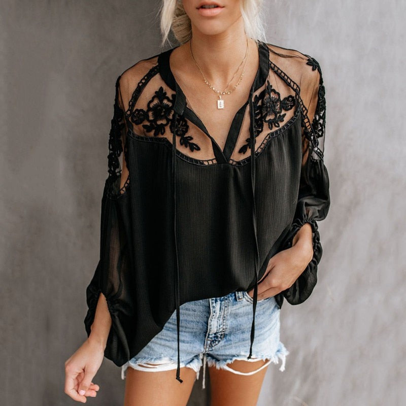 Lace  Blouse Black / White