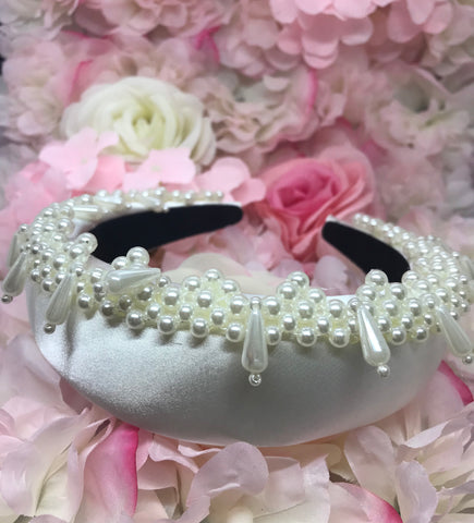 La Perla Crown