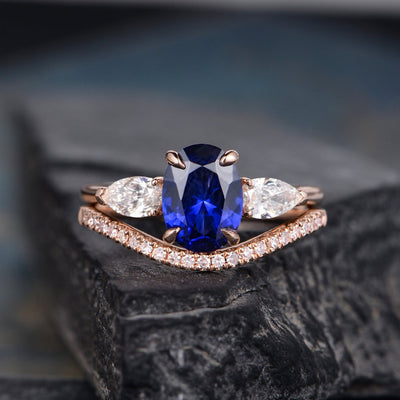 Blue Sapphire Bridal Ring Set, Oval Cut