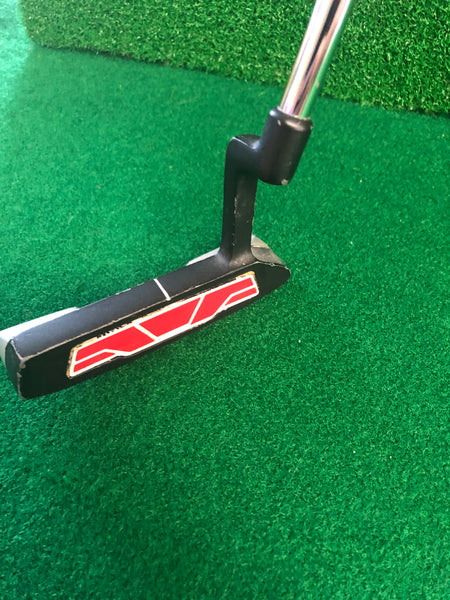 Wilson Harmonized M4 Blade Puttere R.H Used