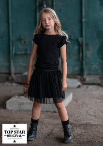 Black T-shirt with pleats on the shoulders T-shirts