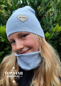 Girl´s light grey hat and neck warmer Hats