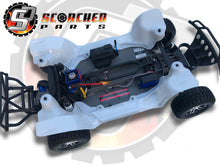 Load image into Gallery viewer, Inner Fender Wells - Traxxas Slash 2WD (hcg)
