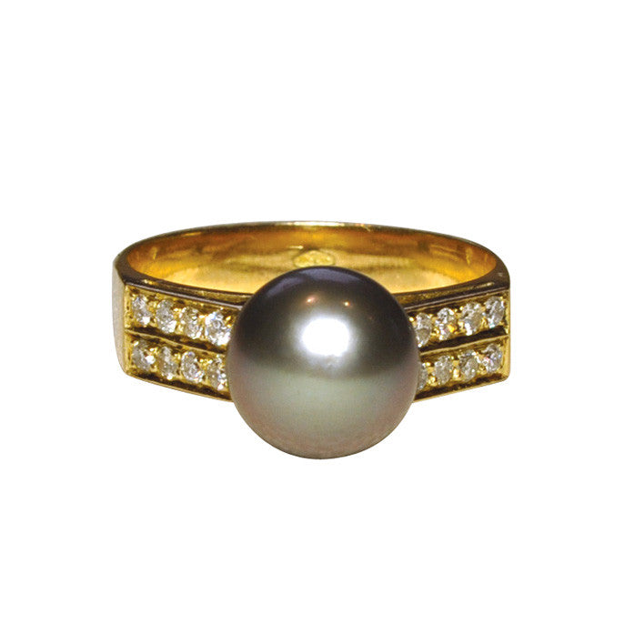 Black Pearl & Diamond Ring