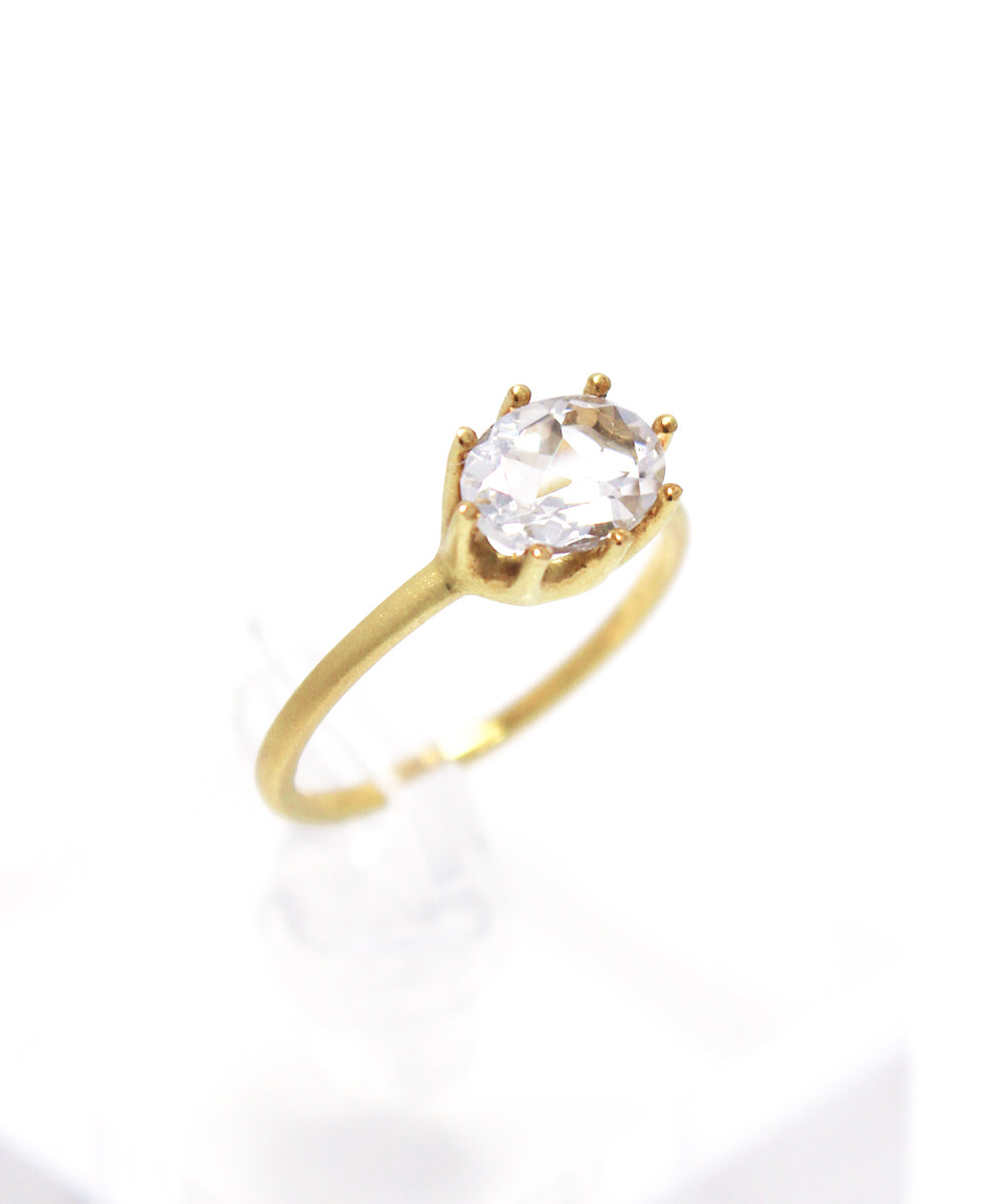 luminis ring / k18 white topaz