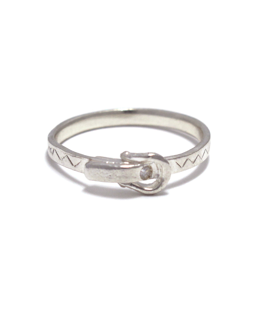 silver / cubic zirconia buckle ring