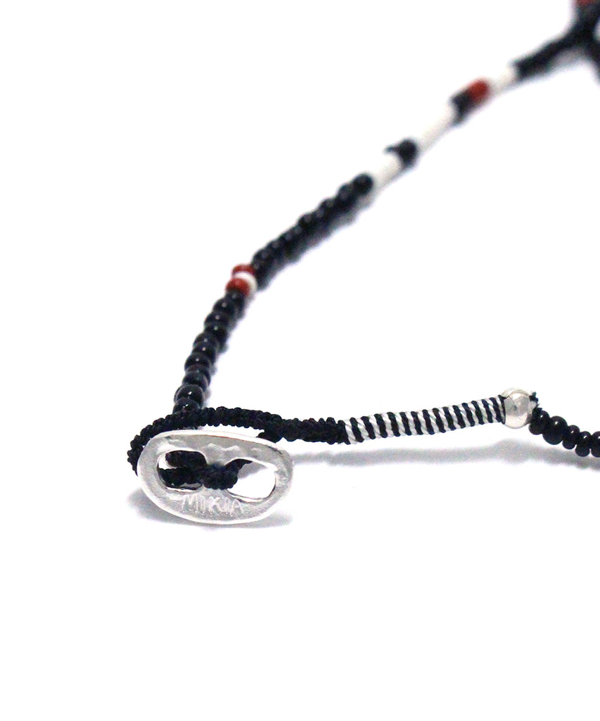 small beads necklace / black white