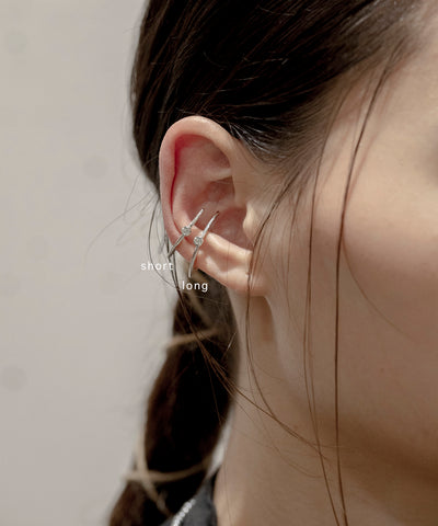 meteor ear cuff short / silver diamond