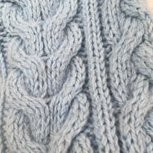 Load image into Gallery viewer, Aran knitted wool jumper