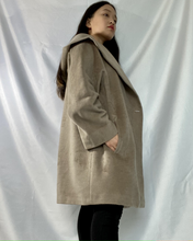 Load image into Gallery viewer, Beige Wool Coat