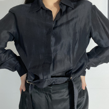 Load image into Gallery viewer, Black blouse