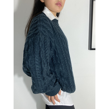 Load image into Gallery viewer, Chunky Wool Pullover