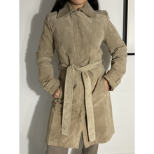 Load image into Gallery viewer, Suede padded coat