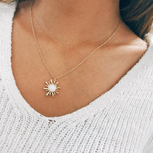 Load image into Gallery viewer, Fashion Silver Gold Sun Flower Pendant Necklace for Women