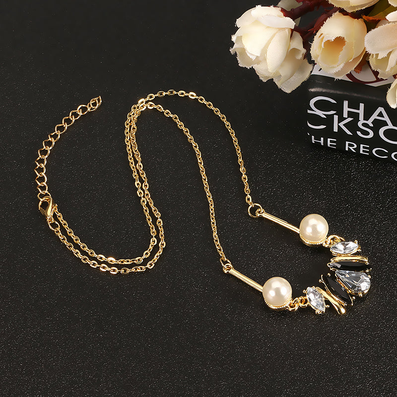 JASSY® Stylish Crystal Pearl Element Delicate Necklace
